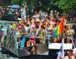 anna-biasoli-Amsterdam_pride_boat-unsplash