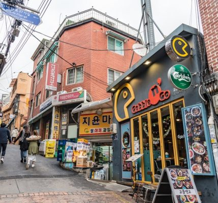 seoul-south-korea-coronavirus-gay-itaewon